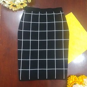 The Limited Plaid Checker Square Pencil Skirt